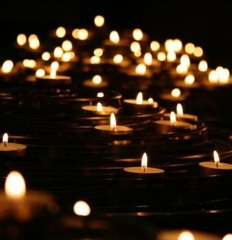 Trauerfeier zum Weltgedenktagfür verstorbene Kinder